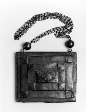 Mende. Pendant and Chain, late 19th century. Silver, pendant: 5 3/4 x 6 3/4 x 1 in.  (14.6 x 17.1 x 2.5 cm);. Brooklyn Museum, Gift of Blake Robinson, 2002.31.10. Creative Commons-BY