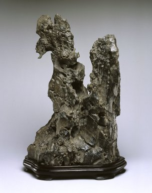 Scholar's Rock, 18th century. Limestone, 13 1/2 x 8 3/4 x 6 3/4 in. (34.3 x 22.2 x 17.1 cm). Brooklyn Museum, Gift of Alastair Bradley Martin, 2002.37. Creative Commons-BY