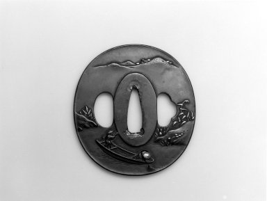 Sword Guard (Tsuba), 19th century. Shibuichi, iroe, copper, 2 3/4 x 2 1/2 in.  (7 x 6.4 cm). Brooklyn Museum, Bequest of Christiana C. Burnett, 2002.4.10. Creative Commons-BY