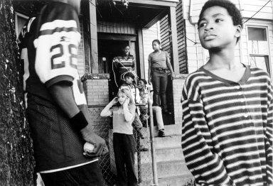 Helen M. Stummer (American, born 1938). Ghetto Sound, December 2001. Photograph, Sheet: 10 7/8 x 13 7/8 in. (27.6 x 35.2 cm). Brooklyn Museum, Gift of the artist, 2002.59.1. © Helen M. Stummer