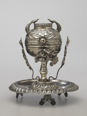 Mate Cup on Saucer, late 19th century. Silver, 7 x 6 3/16 x 6 3/16 in. (17.8 x 15.7 x 15.7 cm). Brooklyn Museum, Gift of Mary Ann Krotzer, 2003.50.1. Creative Commons-BY