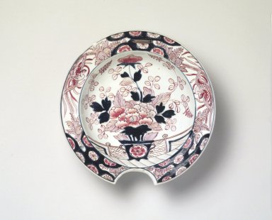 Barber's Bowl, ca. 1720-40. Arita ware, porcelain with underglaze blue and overglaze color and gold enamel, 3 x 10 1/2 in. (7.6 x 26.7 cm). Brooklyn Museum, The Peggy N. and Roger G. Gerry Collection, 2004.28.265. Creative Commons-BY
