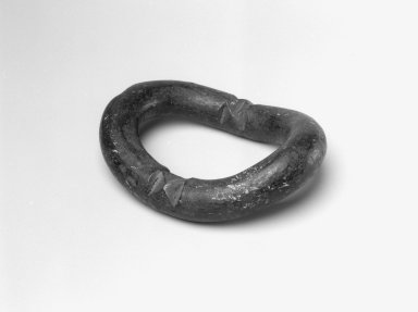 Dan. Anklet, 19th century. Copper alloy, 1 3/4 x 4 1/2 x 6 in. (4.4 x 11.4 x 15.2 cm). Brooklyn Museum, Gift of Blake Robinson, 2004.52.15. Creative Commons-BY