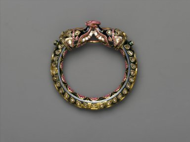 Elephant Bangle, 18th-19th century. Gold with enamel, diamonds, rubies, 3 3/4 x 3 3/4 in. (9.5 x 9.5 cm). Brooklyn Museum, Purchase gift of Samuel S. and Diane P. Stewart, 2005.2. Creative Commons-BY