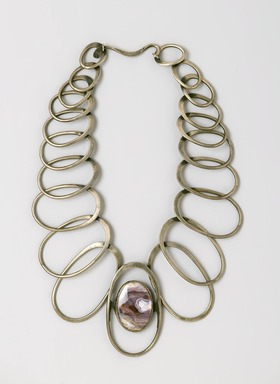Art Smith (American, 1917-1982). Linked Oval Necklace, designed by 1974. Silver, amethyst quartz, 11 x 10 1/2 x 1/2 in. (27.9 x 26.7 x 1.3 cm). Brooklyn Museum, Gift of Charles L. Russell, 2007.61.1. Creative Commons-BY