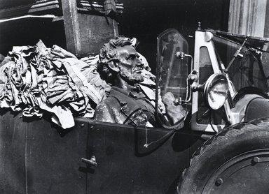 Nathan Lerner (American, 1914-1997). Uncommon Man, Chicago 1936, Printed 1983. Selenium-toned print, Sheet: 16 x 20 in. (40.6 x 50.8 cm). Brooklyn Museum, Gift of Kiyoko Lerner, 2011.25.68. ©Nathan Lerner