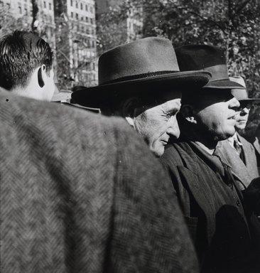 Nathan Lerner (American, 1914-1997). Union Square, 1937, printed later. Gelatin silver photograph, Sheet: 7 1/2 x 6 3/4 in. (19.1 x 17.1 cm). Brooklyn Museum, Gift of Kiyoko Lerner, 2011.25.9. ©Nathan Lerner