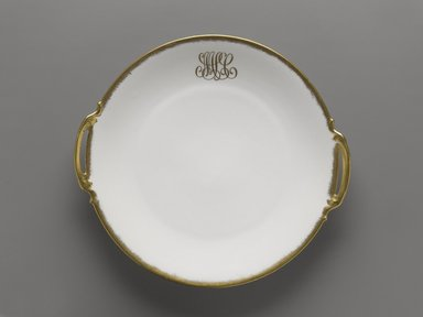 Unknown. Plate, ca. 1900. Porcelain, 1 7/16 x 10 3/4 x 9 7/8 in. (3.7 x 27.3 x 25.1 cm). Brooklyn Museum, Harold S. Keller Fund, 2011.79.2. Creative Commons-BY