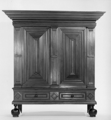 Kas, early 19th century. Wood, 81 x 62 1/2 x 30 1/2 in.  (205.7 x 158.8 x 77.5 cm). Brooklyn Museum, Gift of Mr. W. C. Bunn, 21.438. Creative Commons-BY