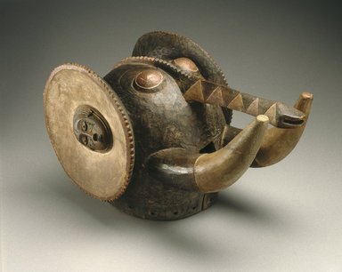 Baule. Elephant Mask (Glao/Klolo), late 19th century. Wood, pigment, metal, 12 5/8 x 12 5/8 x 22 13/16 in. (32.0 x 32.0 x 58.0 cm). Brooklyn Museum, Museum Expedition 1922, Purchased with funds given by Frederic B. Pratt, 22.1771. Creative Commons-BY