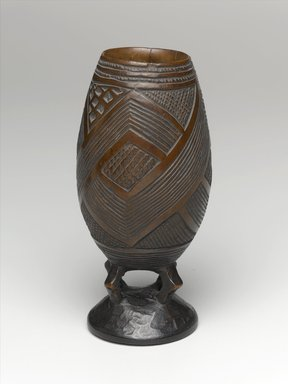 Kuba. Goblet for Palm Wine, late 19th or early 20th century. Wood, height: 6 11/16 in. (17 cm); diameter: 2 5/8 in. (6.7 cm). Brooklyn Museum, Brooklyn Museum Collection, 22.804. Creative Commons-BY