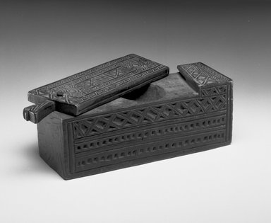 Swahili. Box with Sliding Lid, late 19th century. Wood, 3 1/2 x 10 1/2 x 3 in. (8.9 x 26.7 x 7.6 cm). Brooklyn Museum, Museum Expedition 1922, Robert B. Woodward Memorial Fund, 22.810. Creative Commons-BY