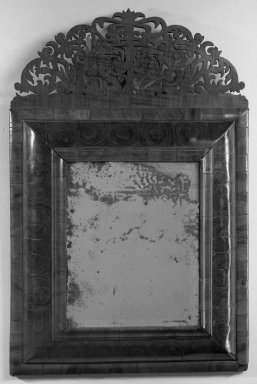 American. Looking Glass, ca. 1710. Glass, walnut, 28 1/4 x 18 1/2 in. (71.8 x 47 cm). Brooklyn Museum, 23.260. Creative Commons-BY