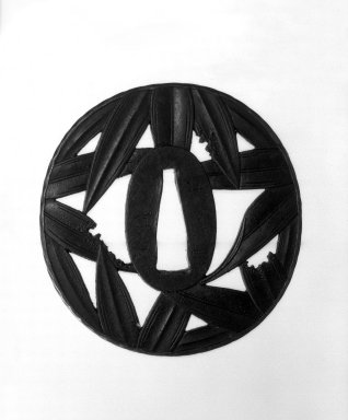 Yedo. Sword Guard, 19th century. Iron and shakudo, 2 3/4 x 2 15/16 in. (7 x 7.5 cm). Brooklyn Museum, Gift of F. Ethel Wickham, 28.696. Creative Commons-BY