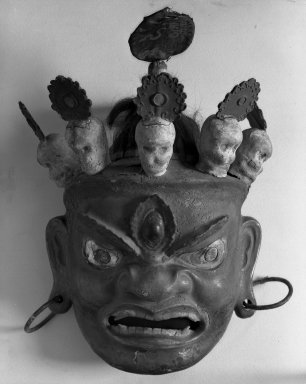 Large Mask, 19th century. Paper mache and shells, 21 3/8 x 14 9/16 in. (54.3 x 37 cm). Brooklyn Museum, Gift of Mary Babbott Ladd and Frank L. Babbott, Jr. in memory of their father Frank L. Babbott, 29.3. Creative Commons-BY