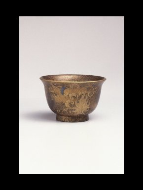 Deep Saké Cup, 18th century. Gold and black lacquer, 2 3/16 x 3 9/16 in. (5.6 x 9.1 cm). Brooklyn Museum, Gift of Mrs. Frederic B. Pratt, 30.1464. Creative Commons-BY