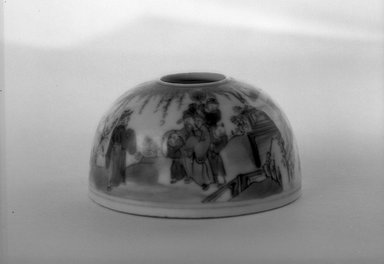 Small Water Coupe with Low Foot Rim Beehive Shaped Body, 1736-1795. Porcelain, blue underglaze, 1 3/4 x 2 13/16 in. (4.5 x 7.2 cm). Brooklyn Museum, Gift of the executors of the Estate of Colonel Michael Friedsam, 32.1005. Creative Commons-BY