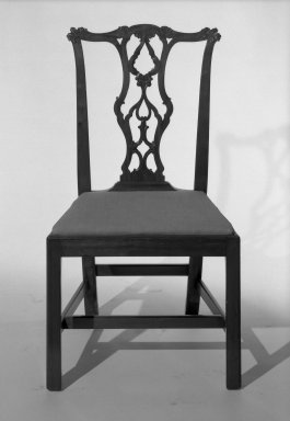 American. Side Chair, late 18th century. Mahogany, 38 1/4 x 21 x 18 in. (97.2 x 53.3 x 45.7 cm). Brooklyn Museum, Henry L. Batterman Fund, 32.1615. Creative Commons-BY