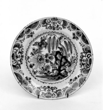 Plate, 18th century. Delftware Brooklyn Museum, Gift of Theodora Willbour, 32.1951. Creative Commons-BY