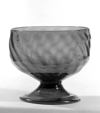 American. Round Green Bowl With Base, 19th Century. Glass, 3 9/16 x 3 15/16 in. (9 x 10 cm). Brooklyn Museum, Gift of Theodora Wilbour, 32.591. Creative Commons-BY