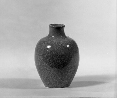 Miniature Vase, 18th-early 19th century. Porcelain, 2 9/16 x 2 3/16 in. (6.5 x 5.5 cm). Brooklyn Museum, Gift of the executors of the Estate of Colonel Michael Friedsam, 32.894. Creative Commons-BY