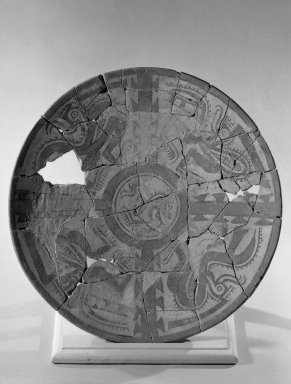 Plate. Ceramic, pigment Brooklyn Museum, Museum Expedition 1931, Museum Collection Fund, 33.448.24. Creative Commons-BY