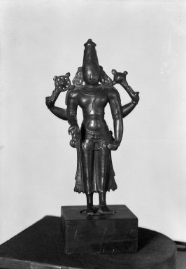 Brahmanical - Vaisnava. Small Standing Four Armed Figure of Visnu, 14th Century. Brass, 8 7/8 x 4 3/16 in. (22.6 x 10.6 cm). Brooklyn Museum, Brooklyn Museum Collection, 34.142. Creative Commons-BY