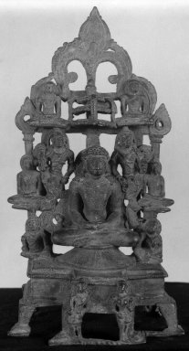 Digambara Sect. Image of the Jina Rishabha, 9th century. Bronze, 9 1/4 x 4 7/16 in. (23.5 x 11.3 cm). Brooklyn Museum, Brooklyn Museum Collection, 34.146. Creative Commons-BY