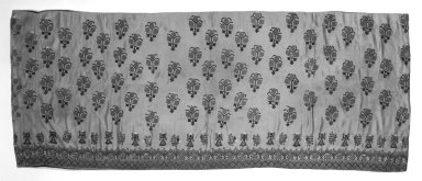 Hanging, 16th century. Embroidered satin, silk, 67 x 28 3/4 in. (170.2 x 73 cm). Brooklyn Museum, Gift of Pratt Institute, 34.326. Creative Commons-BY