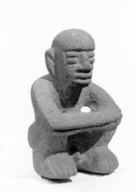 Seated Male Figure, 1000-1550. Volcanic stone, 6 3/4 x 4 3/4 x 4 in. (17.1 x 12.1 x 10.2 cm). Brooklyn Museum, Alfred W. Jenkins Fund, 34.5178. Creative Commons-BY