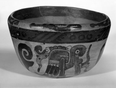 Maya. Bowl, ca. 500-700. Ceramic, pigment, 3 3/4 x 6 5/16 x 6 5/16 in. (9.5 x 16 x 16 cm). Brooklyn Museum, A. Augustus Healy Fund, 35.1896. Creative Commons-BY