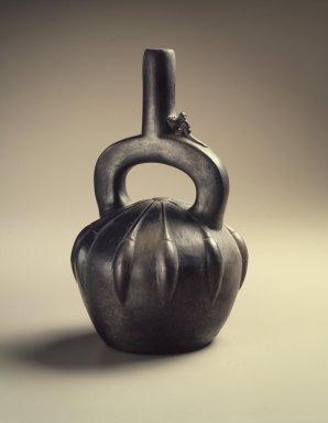 Chimú Style. Stirrup Spout Bottle in Form of Fruit, 20th century. Ceramic, 9 3/4 x 5 3/4 x 6 in. (24.8 x 14.6 x 15.2 cm). Brooklyn Museum, Frank Sherman Benson Fund and Henry L. Batterman Fund, 37.2523PA. Creative Commons-BY
