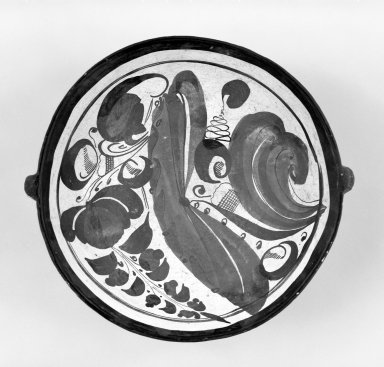 Tonala. Dish. Cream colored clay Brooklyn Museum, Frank Sherman Benson Fund and the Henry L. Batterman Fund, 37.2940PA. Creative Commons-BY