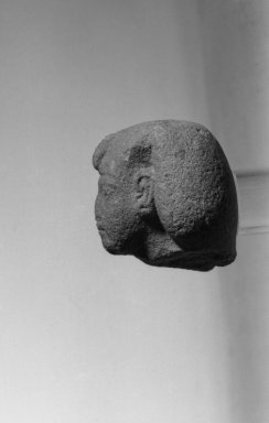 Fragmentary Figure of Akhenaten, ca. 1352-1336 B.C.E. Quartzite or sandstone, 2 3/16 x 2 1/16 in. (5.5 x 5.3 cm). Brooklyn Museum, Charles Edwin Wilbour Fund, 37.514. Creative Commons-BY