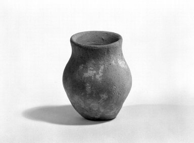 Harappa. Miniature Jar, 3000-2500 B.C. Reddish pottery, 1 9/16 x 1 1/4 in. (3.9 x 3.1 cm). Brooklyn Museum, A. Augustus Healy Fund, 37.68. Creative Commons-BY