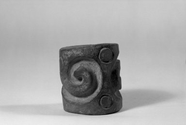 Heavy Solid Cylinder Stamp. Gray pottery Brooklyn Museum, Ella C. Woodward Memorial Fund, 39.123.26. Creative Commons-BY