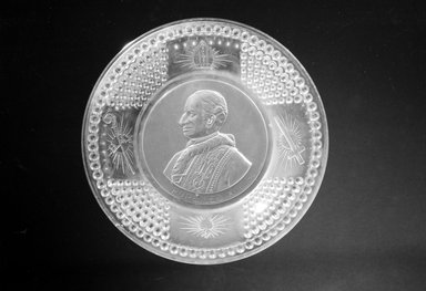 Plate (Pope Leo XIII), ca. 1893. Glass, 1 1/4 x 9 7/8 x 9 7/8 in. (3.2 x 25.1 x 25.1 cm). Brooklyn Museum, Gift of Mrs. William Greig Walker by subscription, 40.192. Creative Commons-BY