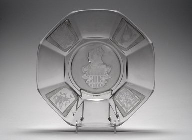 Plate (King George VI & Elizabeth), 1939. Glass, 1 1/4 x 12 x 12 in. (3.2 x 30.5 x 30.5 cm). Brooklyn Museum, Gift of Mrs. William Greig Walker by subscription, 40.206. Creative Commons-BY