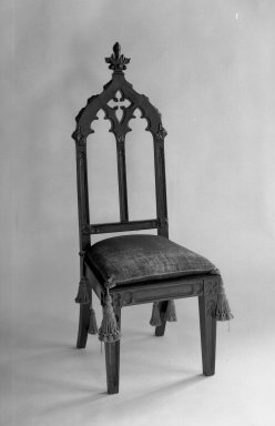 Victorian Hall Chair, 1856. Mahogany, 55 1/4 x 20 1/4 x 19 in. (140.3 x 51.4 x 48.3 cm). Brooklyn Museum, Dick S. Ramsay Fund, 40.554. Creative Commons-BY