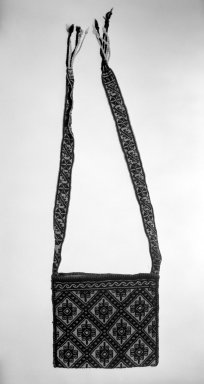 Huichol (Wixárika). Shoulder Bag. Woven wool Brooklyn Museum, 40.762. Creative Commons-BY