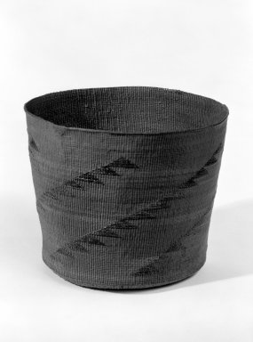 Tlingit, Hoonah (Native American). Basket with False Embroidery, early 20th century. Spruce root, 4 1/8 x 4 15/16 in. (10.5 x 12.5 cm). Brooklyn Museum, Gift of D.D. Streeter, 40.775. Creative Commons-BY