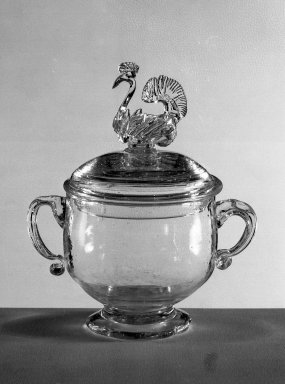 American. Sugar Bowl and Cover, 18th century. Glass, 7 7/8 x 6 5/8 in. (20 x 16.8 cm). Brooklyn Museum, Dick S. Ramsay Fund, 40.7a-b. Creative Commons-BY