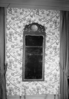 Brooklyn Museum: Looking Glass