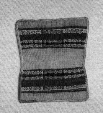 Inca. Mantle or Dress, 1400-1532. Camelid fiber, 5 7/8in x 4 15/16in (15cm x 12.5cm). Brooklyn Museum, Museum Expedition 1941, Frank L. Babbott Fund, 41.1275.109. Creative Commons-BY