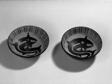 Pair of Dishes with Rounded Bottoms and Somewhat Straight Sides. Pottery Brooklyn Museum, Museum Expedition 1941, Frank L. Babbott Fund, 41.1275.49a-b. Creative Commons-BY