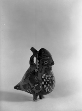 Nasca. Vessel in Form of an Anthropomorphic Bird. Ceramic, pigment, 8 x 5 x 6 3/4 in. (20.3 x 12.7 x 17.1 cm). Brooklyn Museum, Museum Expedition 1941, Frank L. Babbott Fund, 41.1275.55. Creative Commons-BY