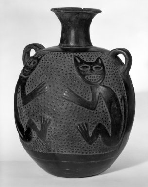 Chimú. Jar with Small Looped Handles and Feline Design, ca.1100-1400. Ceramic, 9 1/2 x 6 in. (24.1 x 15.2 cm). Brooklyn Museum, Museum Expedition 1941, Frank L. Babbott Fund, 41.1275.83. Creative Commons-BY