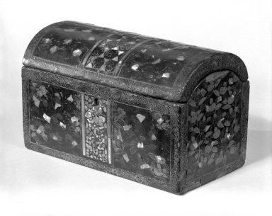 Export Lacquer Box for the Portuguese Market