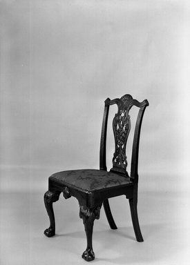 Side Chair, ca. 1760. Mahogany with upholstery, 40 x 23 1/2 x 22 1/4 in. (101.6 x 59.7 x 56.5 cm). Brooklyn Museum, Anonymous gift, 42.118.3. Creative Commons-BY