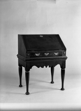 American. Slant-top Desk, 18th century. Walnut Brooklyn Museum, Gift of Mrs. Luke Vincent Lockwood, 42.176. Creative Commons-BY